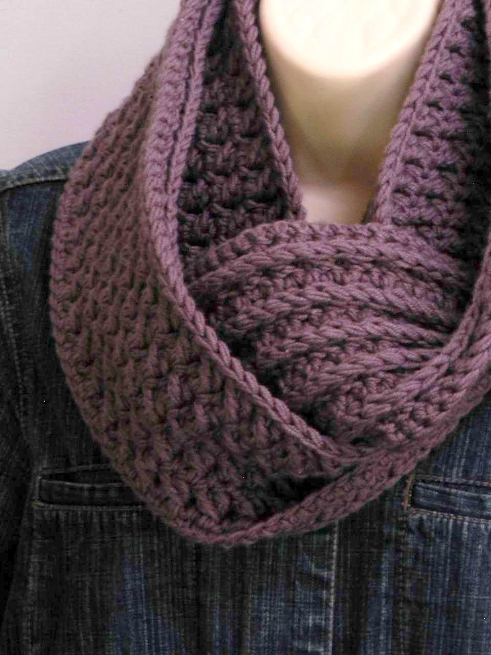 Free Crochet Pattern For Chunky Scarf : Crochet Cowl Pattern Chunky Textured Scarf Crochet Pattern
