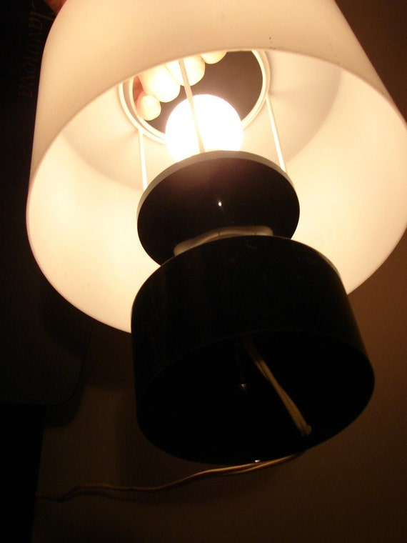 Vintage black and white lamp retro plastic modern mcm midcentury table small