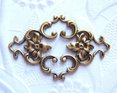 2 - Antique brass connector filigree stampings -  CT250
