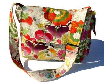 Fruitfull Harvest Large Diaper bag, Messenger Purse w/adjustable handles