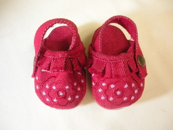 American Girl doll red clog shoes
