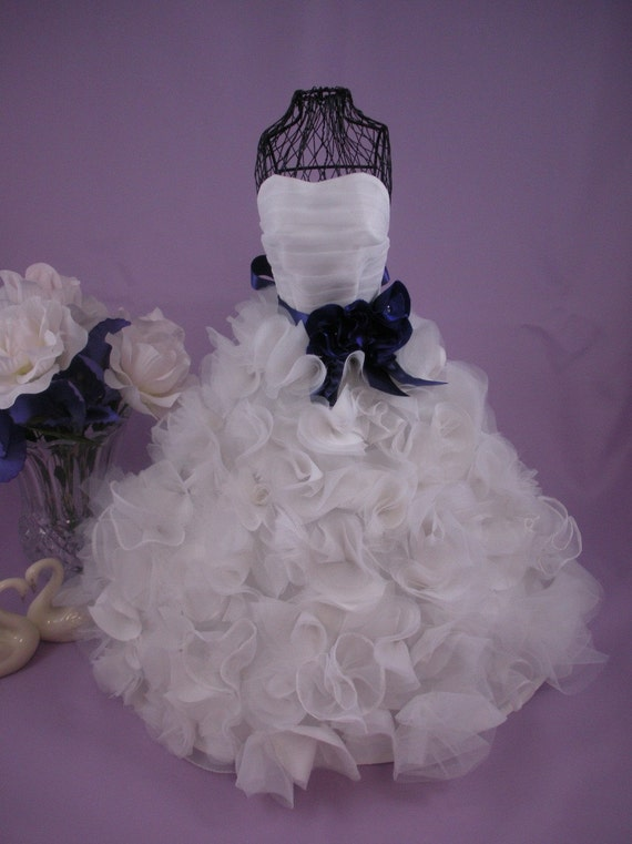 Centerpiece custom miniature bridal gown wedding keepsake or for Wedding dress vase centerpiece