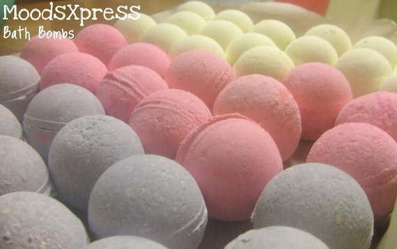 MoodsXpress Blueberry Cobbler Bath Bombs