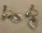 Don't leave my heart hanging here - 50s AB crystal heart earrings with screw back