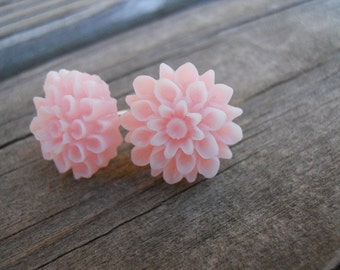 Pretty Blossoms in Light Pink