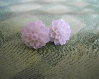 Pretty Blossoms in White