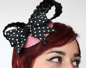 Bow fascinator pink straw, black raffia and polka dot bow