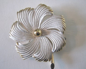 Pastelli brooch, vintage 1950s, 1960s, enamel, white and gold flower, signed.