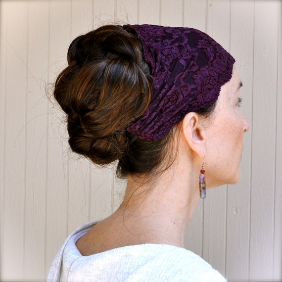 Headband plum lace. Stretch rose lace non slip gripper elastic.