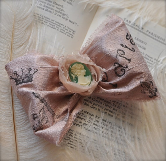 Vintage pink blush bow clip with Paris words--French ballerina . Silk ribbon with mint green cameo.
