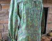 1960s 1970s retro paisley print blouse shirt mini dress fantastic print fabric