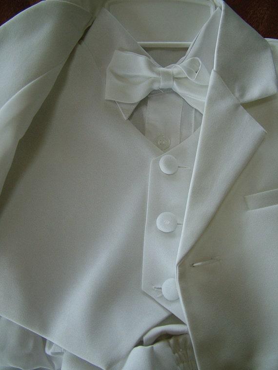 Boys Wedding Tuxedo White five peice suit ring bearer size four