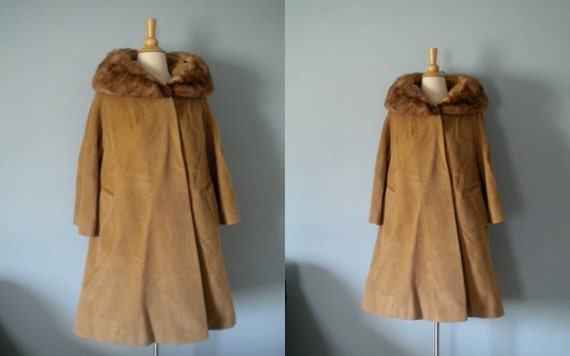 1950s coat / 50s Lilli Ann swing coat / mink trim swing coat