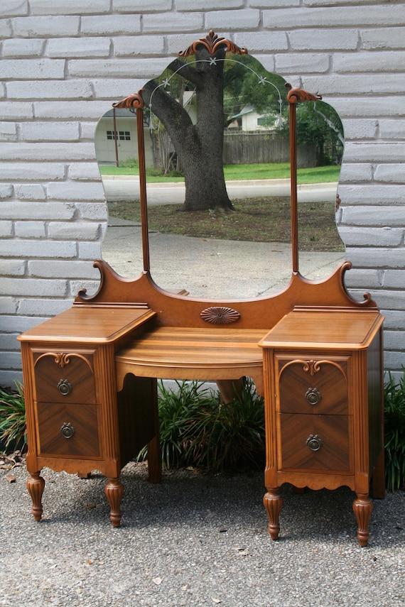 vintage vanity dressing table - European Paint Finishes Chippy Teal Vanity, Antique Makeup Vanity