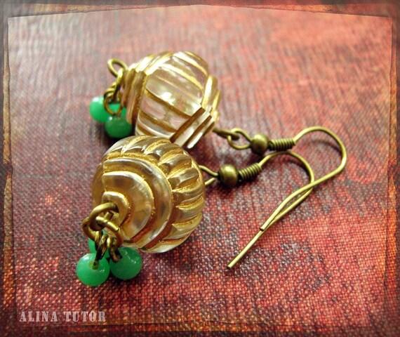 Gold Fluted earrings - handmade dangle earrings