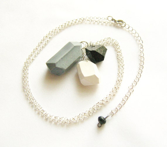 Geo necklace in Black, Silver Grey and White - Rare Diamonds Collection