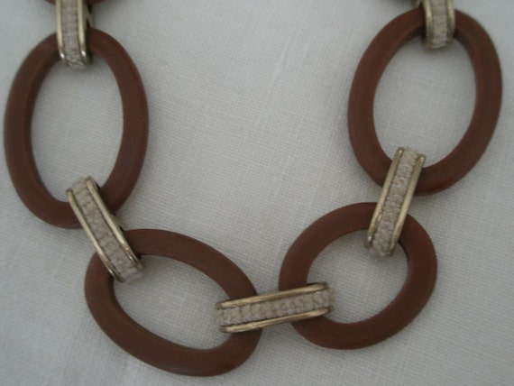 Vintage Ellen Tracy Large Toggle Necklace