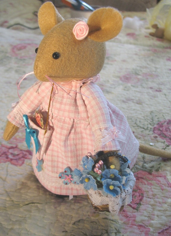 TITTLEMOUSE...inspired by the enchanting stories of Brambly Hedge   Reserved for Olga