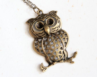 Lucky Owl Necklace (N193) in vintage brass color