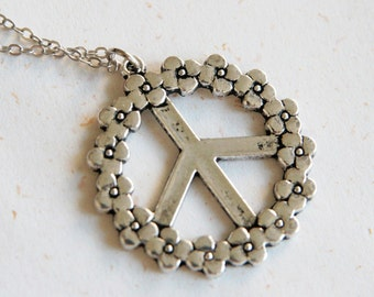 Flower and Peace Necklace(N233) in silver color