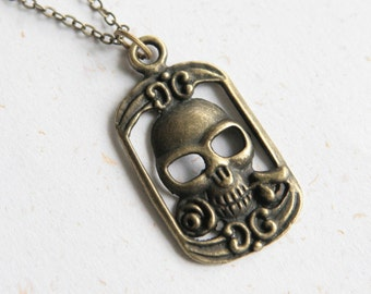 SALE - Black Humor - Skull necklace (N241)