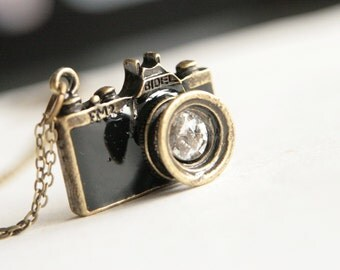 Go Shooting - Black Camera Necklace (N243)