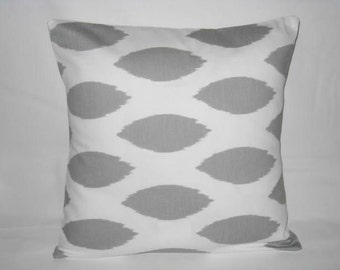 Pillow Cover. Gray. White. 16 x 16.  Accent Pillow Covers. Decorative Pillow Cover