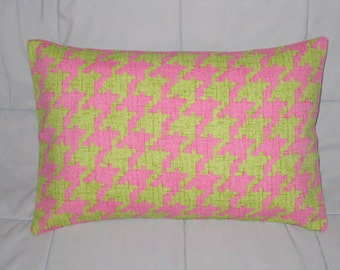 Pink. Green. Houndstooth. Pillow Cover. 12 x 18. Damask. Decorative Pillow Cover. Accent Pillow Cover