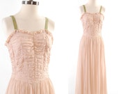 Vintage 1930s pale pink dress / Gathered fabric bodice / Wedding gown