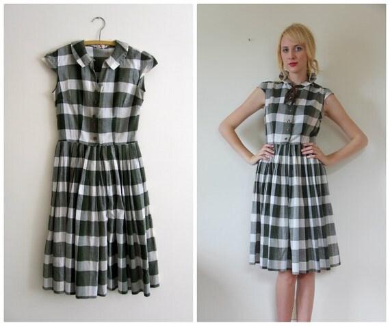 SALE Vintage 1950's Dress // Forest Green Plaid // s - m