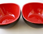 Sale  Pair of Square Bowls in Cherry Bomb and Gloss Black by Nstarstudio