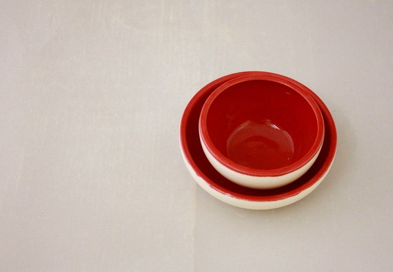 Small Nesting Bowls in Farmhouse White and Cherry Bomb Red by Nstarstudio