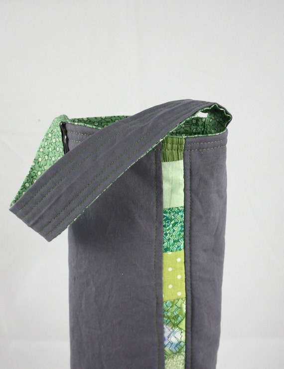 Patchwork Wine Tote Bag - Wine Carrier - in Spring Green by Nstarstudio