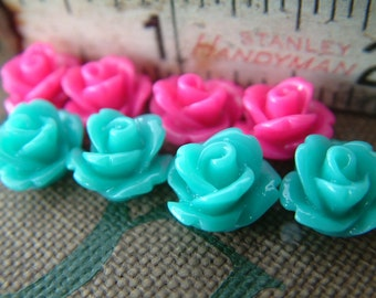 Princess - Sample Pack Pink and Turquoise Blue - 16 Tiny Rose Flower Flat Back Plastic Cabochons - 10mm