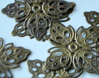 8 pieces Antique Bronze Filigree Charms - 35mm - Nickel Free