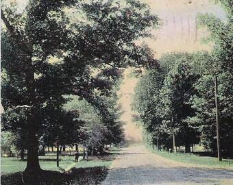 Vintage Postcard of Robinson Road, Grand Rapids, Michigan