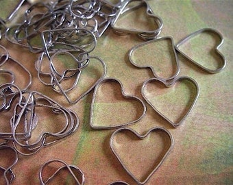 10 - Silver - Heart Charm - Cutout - (SHC13MM)