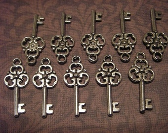 10 - Antique Silver - Key Charm  (ASKC23)