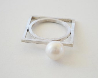 silver pearl statement ring,white pearl wedding ring, sterling silver rectangle ring, fresh water pearl ring,geometry ring