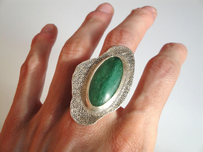 Sterling Silver Stone Ring Light Dark Green Oval Aventurine. Womens Rings. Amazing Bracelet. Trendy Stud Earrings. Artificial Diamond. Handcrafted Earrings. Plain Gold Band Ring. White Gold Diamond Wedding Band. Grey Pearl Earrings