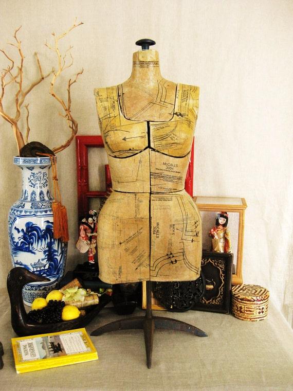 Gray2Black Sale 20% off Entire Shop- Vintage Dress Makers Form- Cottage Life