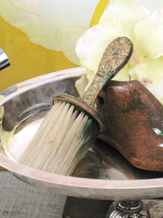 Crumb Brush , Antique Brush , Antique , Pressed Tin , Powder Brush , Small Brush , Metal Brush , Pressed Tin Brush , Small Brush , Brushes