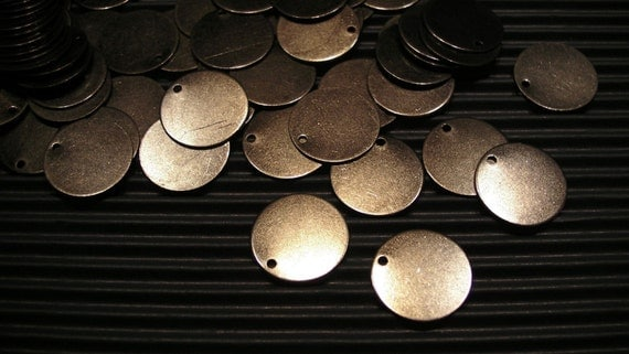 20 pcs Gun Metal Disc Charm with One Hole - 16mm
