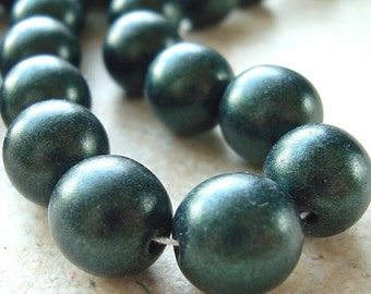 Czech Glass Beads 10mm Green Satin Finish Smooth Rounds - 8 Pieces