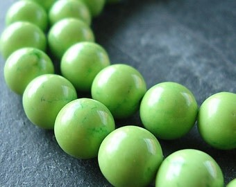 Turquoise Beads 6mm Smooth Apple Green Turquoise Rounds - 10 Pieces
