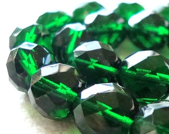 Czech Glass Beads 10mm Emerald Green Faceted Smooth Rounds - 12 Pieces