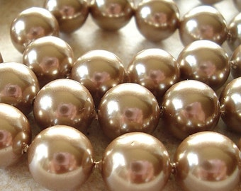 Shell Pearl Beads 8mm Lustrous Bronze Brown Smooth Rounds - 8 Pieces