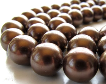 Shell Pearl Beads 12mm Lustrous Chocolate Brown Smooth Rounds  - 8 Pieces
