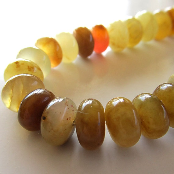 Soo Chow Jade Beads 10 X 5mm Multi Colored Smooth Rondelles -  16 Pieces