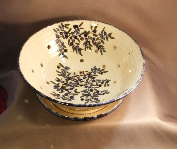 Stoneware Pottery Blueberry Berry Bowl 12BBBBOWL1